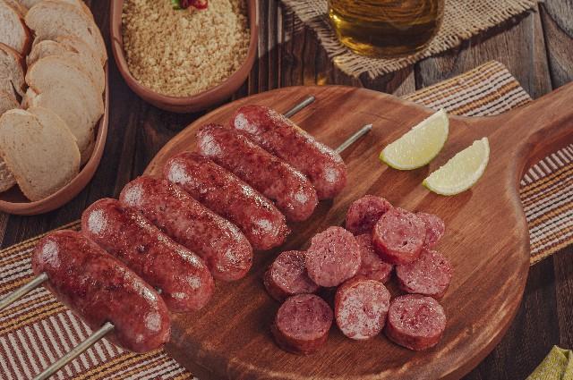 churrasco brasileiro: linguiça